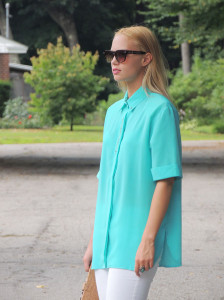 Oversized aqua and white denim