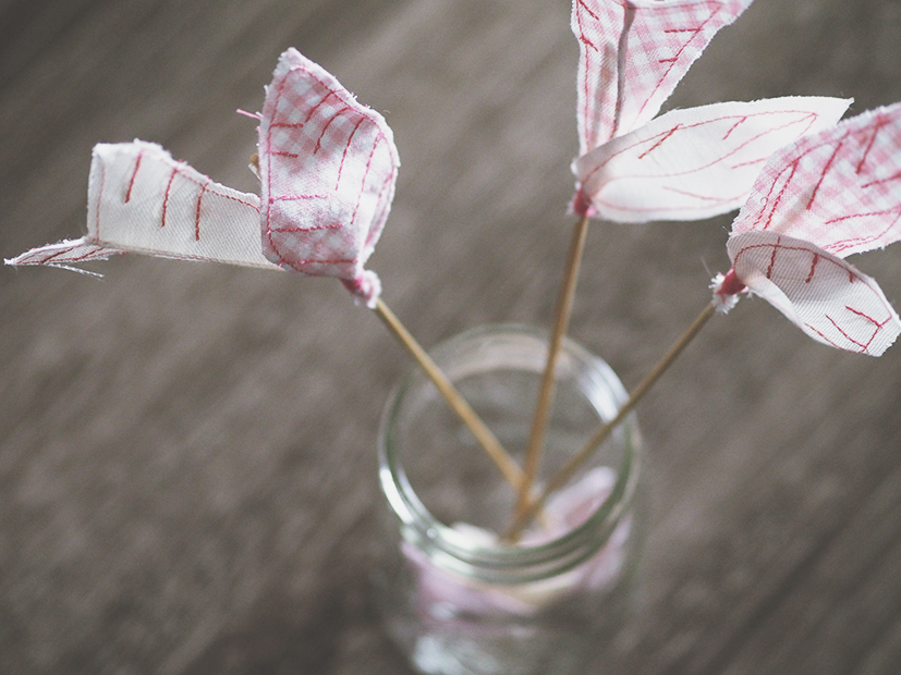 Anthropologie knock off Valentine's day arrows (diy tutorial)