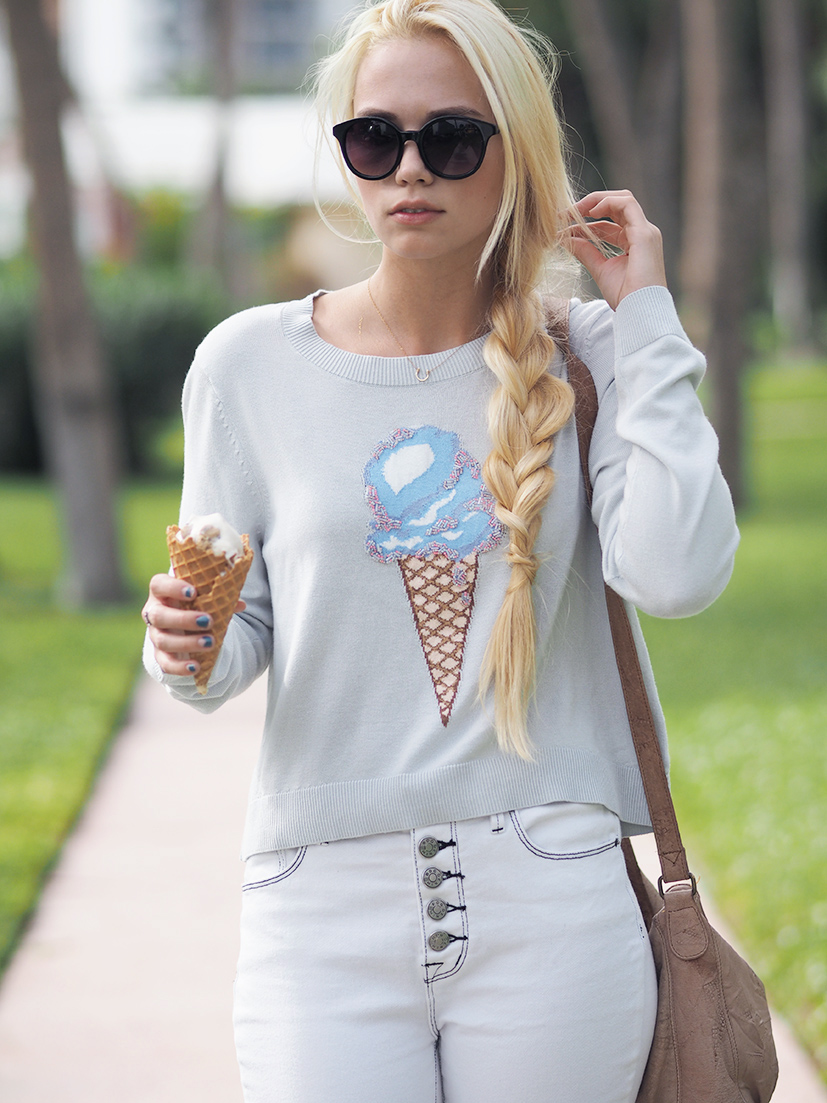Sweet ice cream sweater