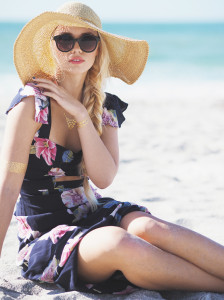 Floral cutout dress and floppy hat