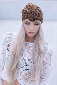 Ten ways to wear a head scarf